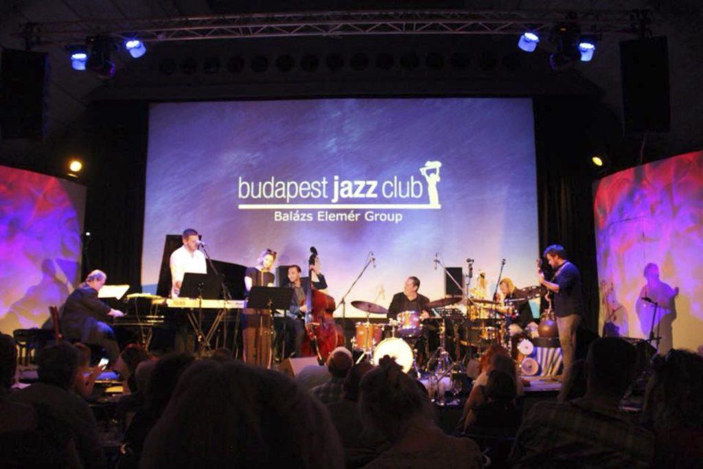 Jazzmusikere på scene