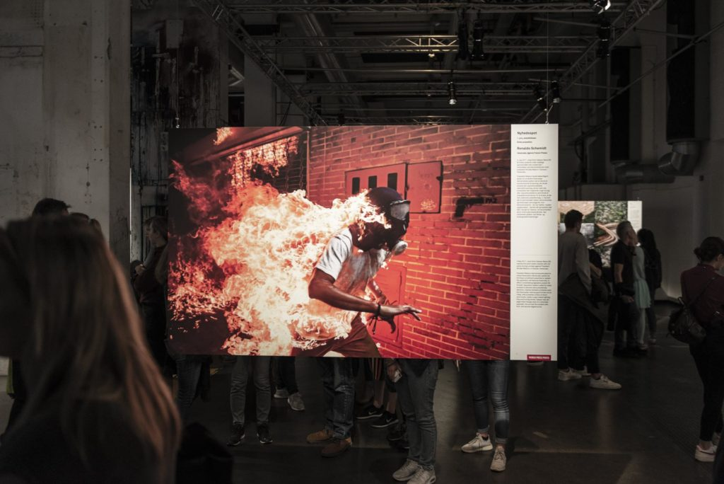 Picture of burning man from World Press Photo exhibition