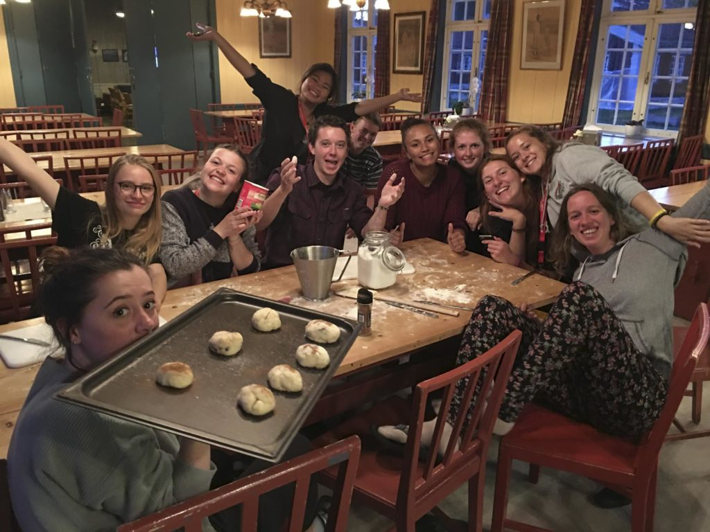 Group of young people bake at Elverum folk high school