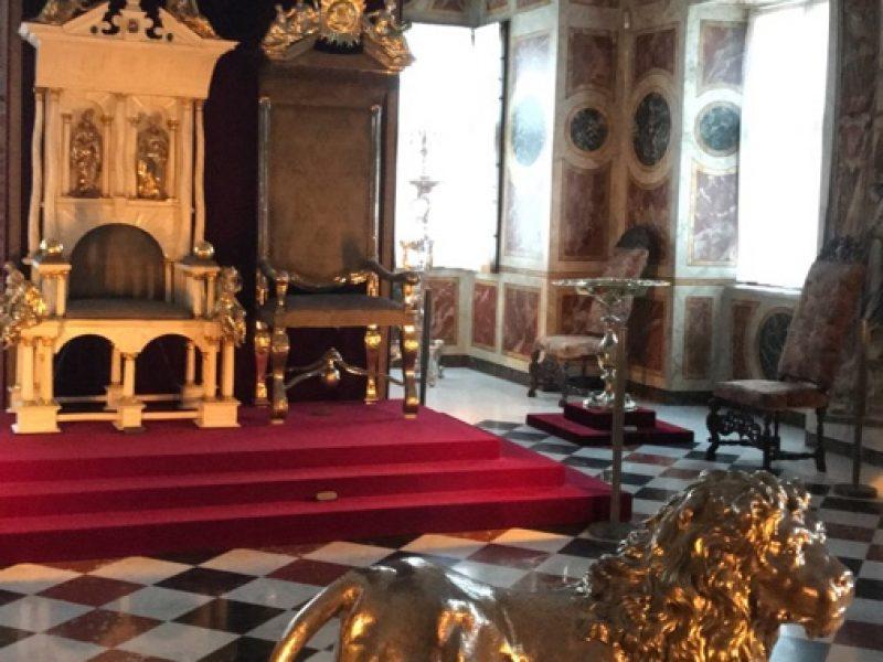 Trone i Rosenborg slott
