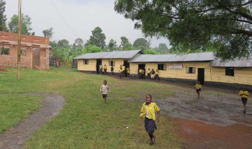 Rena skole i Bwera, Uganda